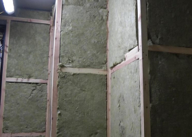 The insulation has been fitted in the deck house