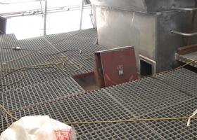 Non slip deck grating is now fitted behind the wheelhouse
